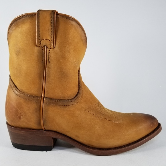 afed09c9e28 Frye Billy Short Western Leather Riding Boot NWT